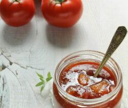 Eingemachte Tomaten In Weckglas