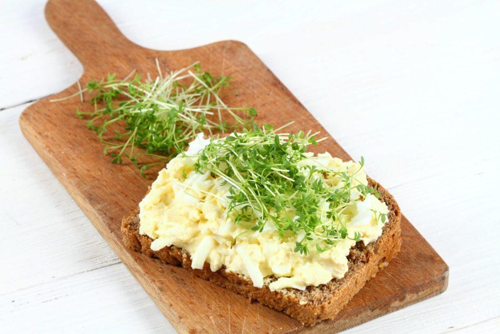 Brot mit Kresse