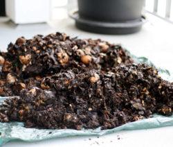 Unfertig Kompostierter Kompost