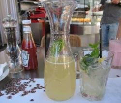 Erfrischungsdrink Zitronengras