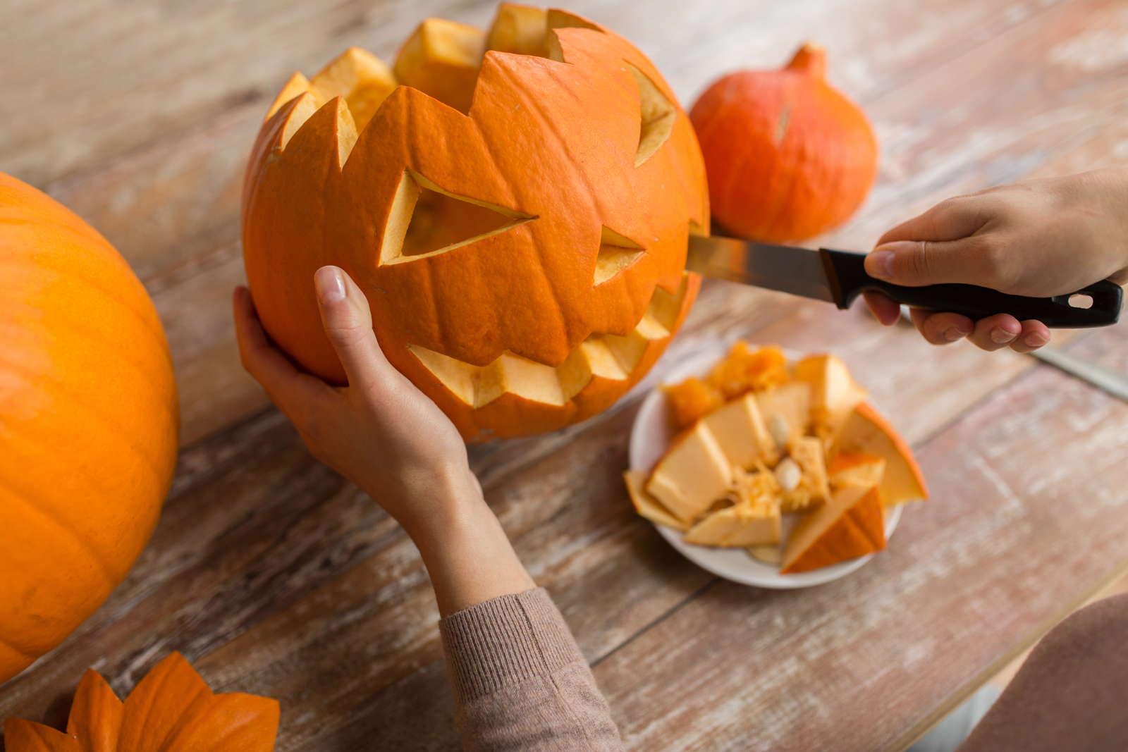 Halloween Kürbis Schnitzen Anleitung Sorten Ideen Plantura