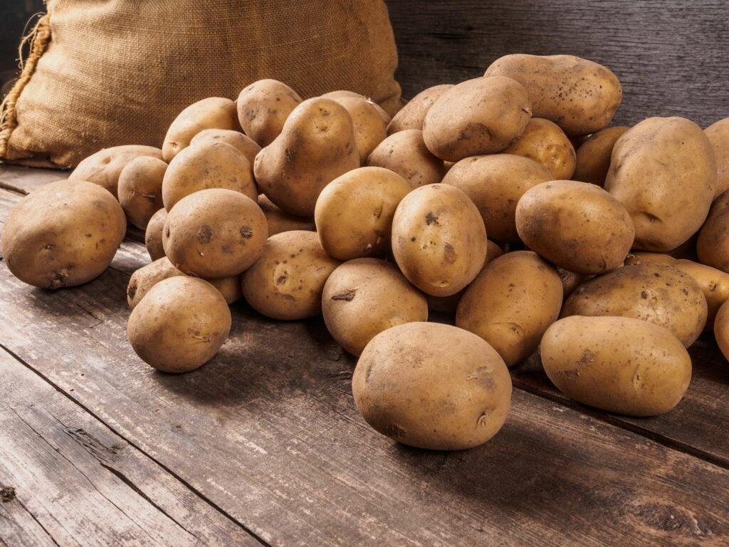 Kartoffeln mit Sack