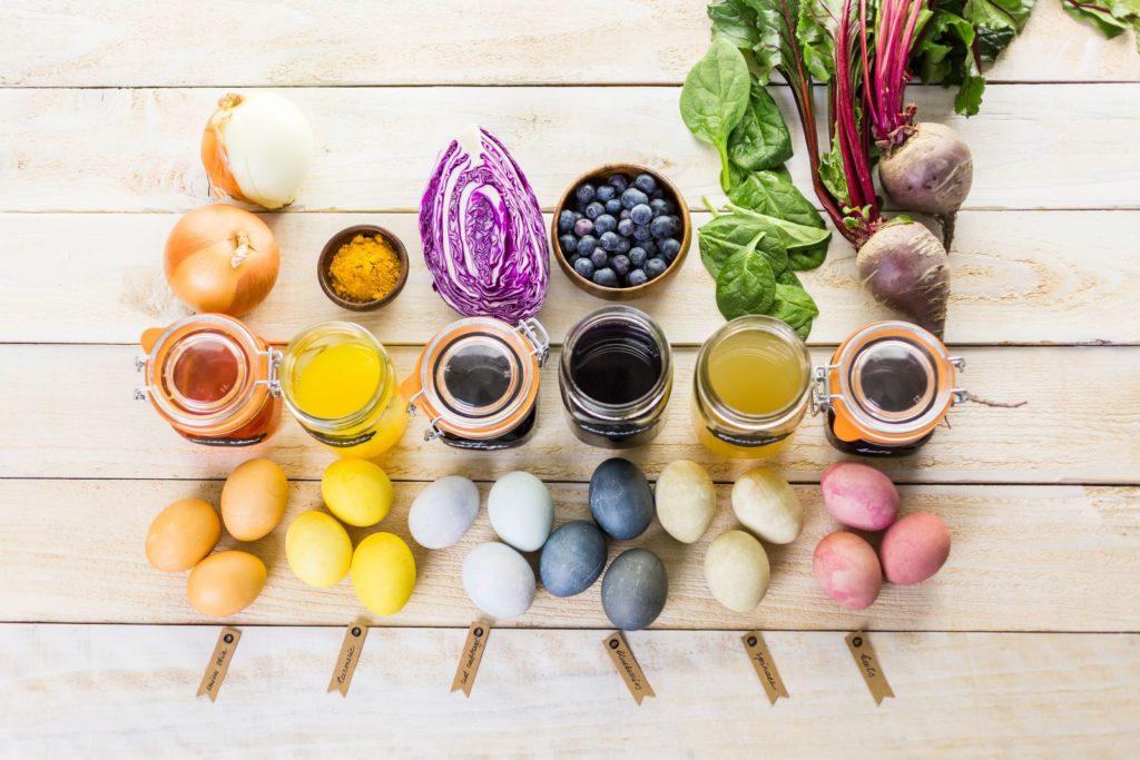 Eier färben mit Pflanzen
