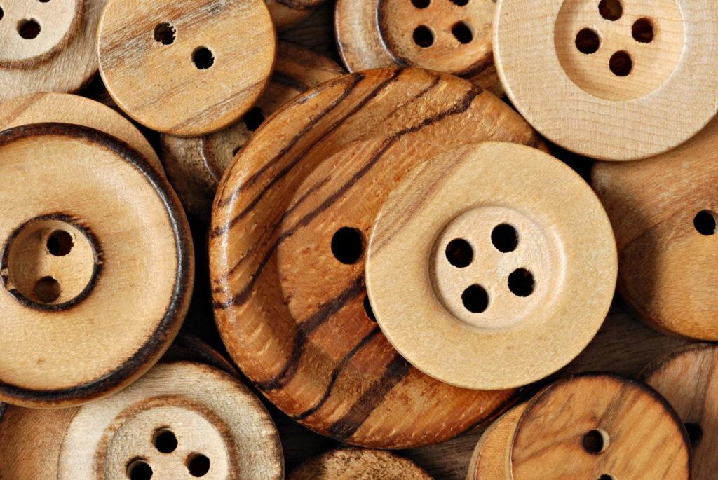 Knöpfe aus Holz