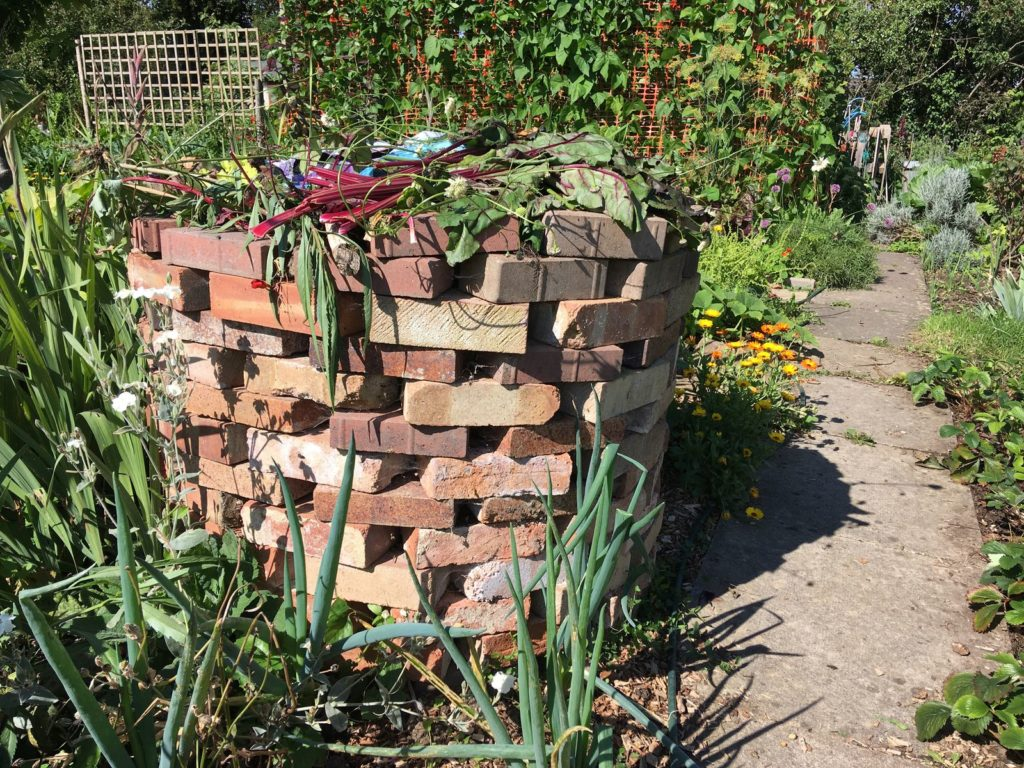 Kompost aus Steinen
