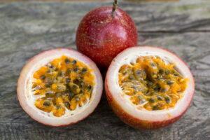 Geteilte Passionsfrucht