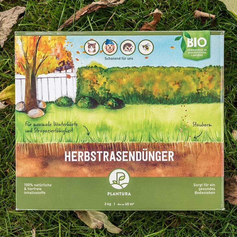Ihr Rasen braucht auch im Herbst Pflege: Unser Plantura Bio-Herbstrasendünger