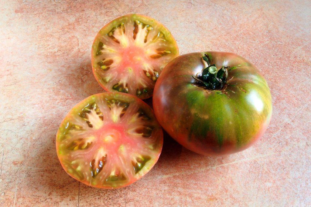 Tomate Ananas Noir geerntet