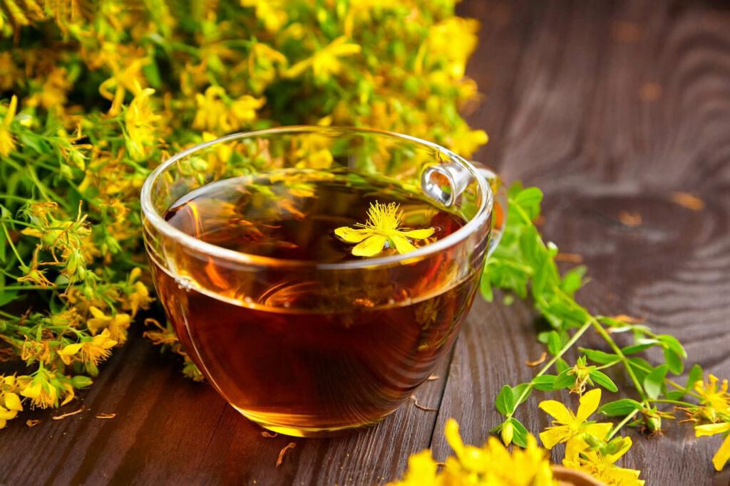Johanniskraut-Tee zum Schlafen